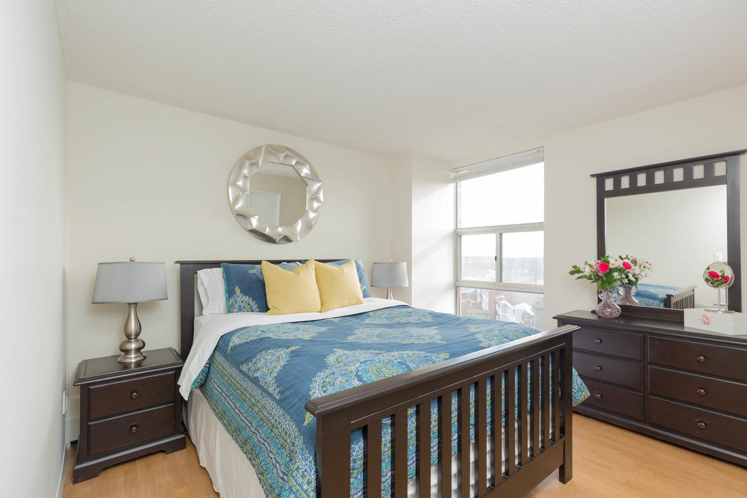 virtualtours/1702/c/2665_Windwood_Dr_Unit_808-large-011-7-Master_Bedroom-1500x1000-72dpi.jpg